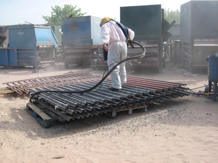 Blasting security fencing9