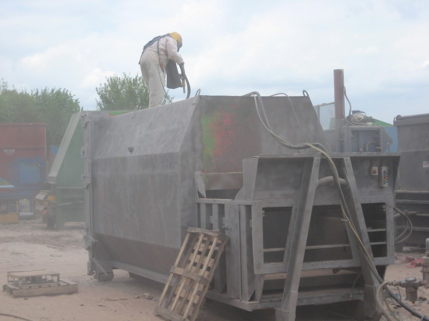 Blasting waste compactor1